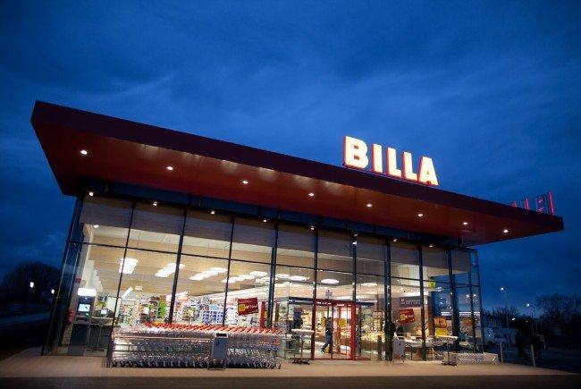 Billa baut seine Angebote für Kunden aus.
