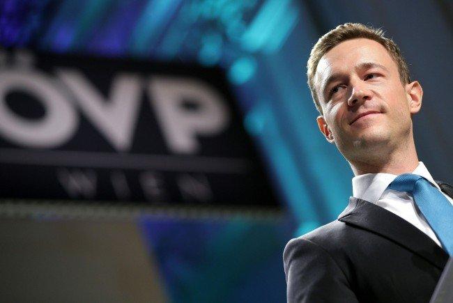 Umfangreiche Kritik an Wehsely übte ÖVP-Parteichef Blümel
