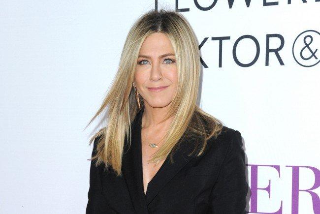 """Jennifer Aniston äußerte sich schadenfroh zur """"Brangelina""""-Trennung."""