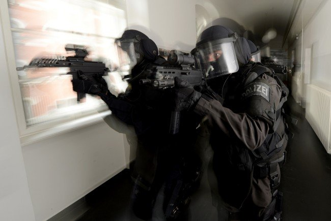 Keine Drohung mit Sprengmittel bei Einsatz in NÖ.