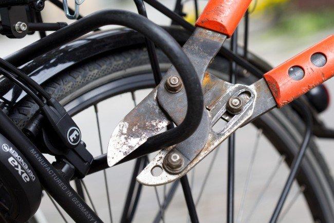 Der Mann hatte die Fahrräder gestohlen und dann online weiterverkauft.
