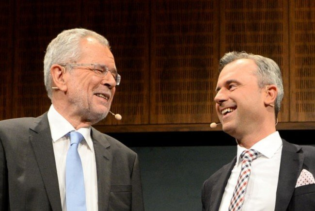 Hofer und Van der Bellen stehen kurz vor der Wahl.