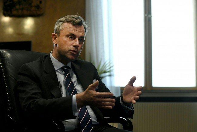 Der Präsidentschaftskandidat Norbert Hofer (FPÖ) beim Interview