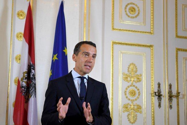 Kanzler Kern lädt zu europäischem Flüchtlingsgipfel nach Wien