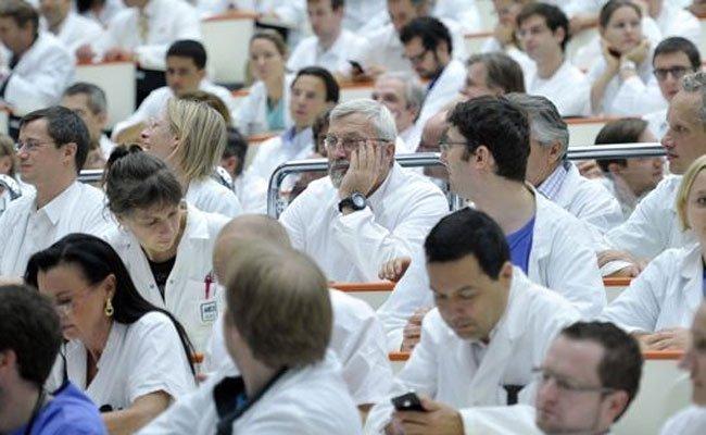 Ein offener Brief erging seitens der Spitalsärzte an Chef der Bundes-Ärztekammer Wechselberger