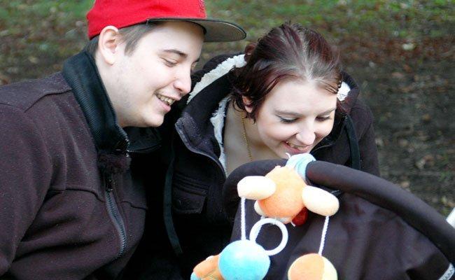 """Neue Folgen bei """"Teenagere werden Mütter""""."""
