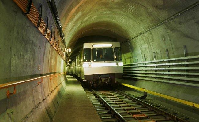 Eine U-Bahn wurde in Wien-Donaustadt beschmiert.