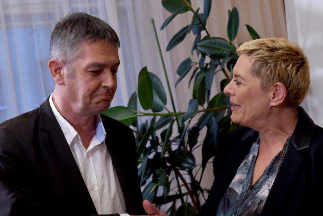 Der geschlagene Spitzenkanditat der FPÖ, Wolfgang Seidl, und die neue grüne Bezirksvorsteherin in Wien 2, Ursula Lichtenegger.