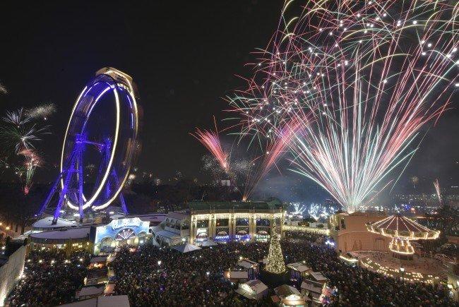 So wird der Wintermarkt am Riesenradplatz 2016.