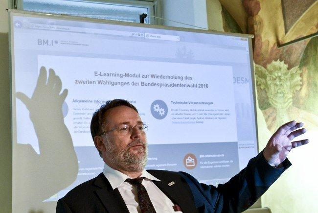 Der Aufgabenbereich von Wahlleiter Stein wird vermutlich aufgeteilt