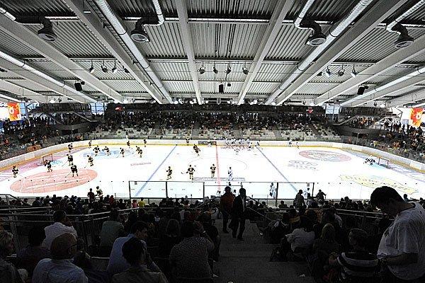In der Albert-Schultz-Halle wird sonst Eishockey gespielt