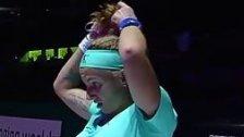 Tennis-Ass schneidet sich beim Finale die Haare ab