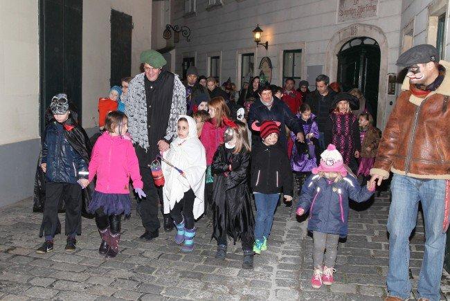 Sagenerzähler Wieny lädt wieder zur beliebten Halloween-Tour für die ganze Familie