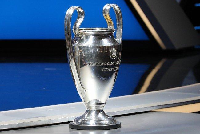 Der Champions-League-Pokal, die begehrteste Trophäe im europäischen Klubfußball.