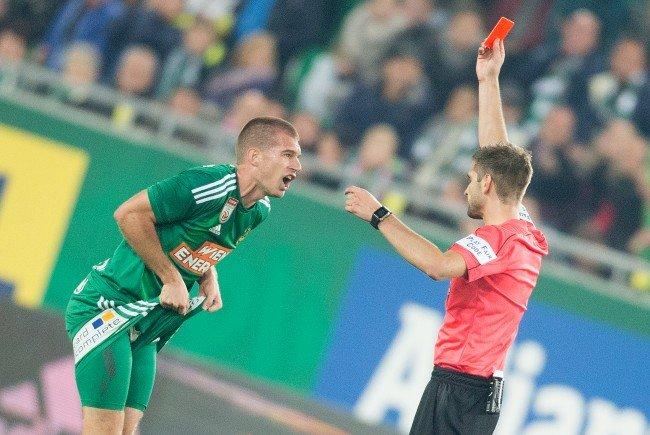 Rote Karte für Srdjan Grahovac (SK Rapid Wien) am Samstag beim Spiel