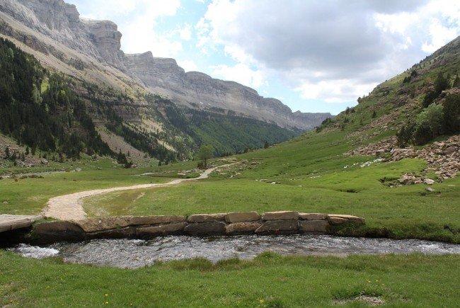 Zwei Alpin-Rettungseinsätze am Samstag in Niederösterreich.