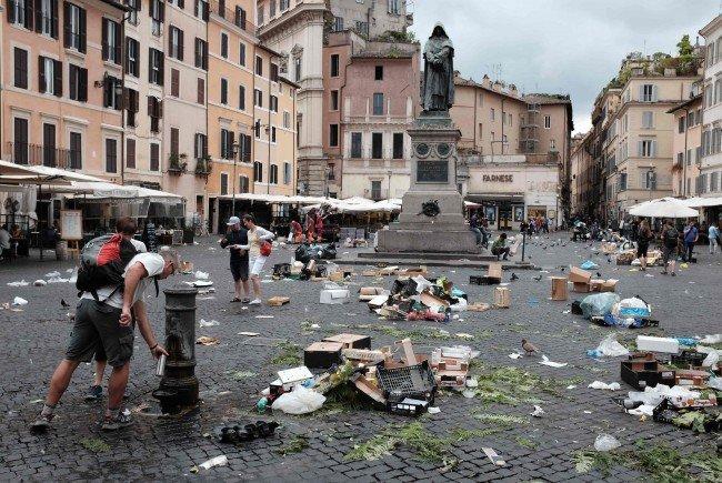 Die Stadt Rom ist mit chronischen Müllentsorgungsproblemen belastet.