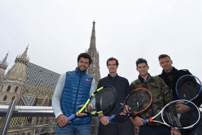 """v.l.: Jo-Wilfried Tsonga, Andy Murray, Dominic Thiem und Tomas Berdych im Rahmen der Erste Bank Open """"Tie Break Tens"""" in Wien"""