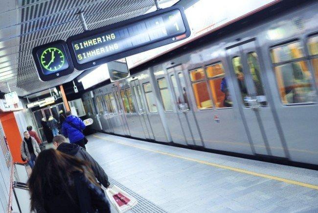Ein Sanitäter war in der U3-Station zufällig anwesend und reanimierte die 44-Jährige sofort