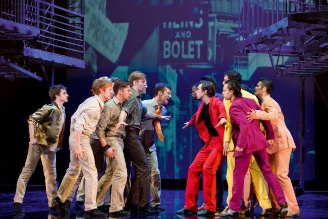 Rivalisierende Gangs treffen aufeinander: West Side Story