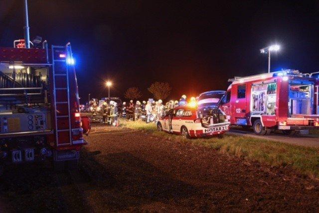 Die 18-jährige Beifahrerin überlebte den Unfall nicht.