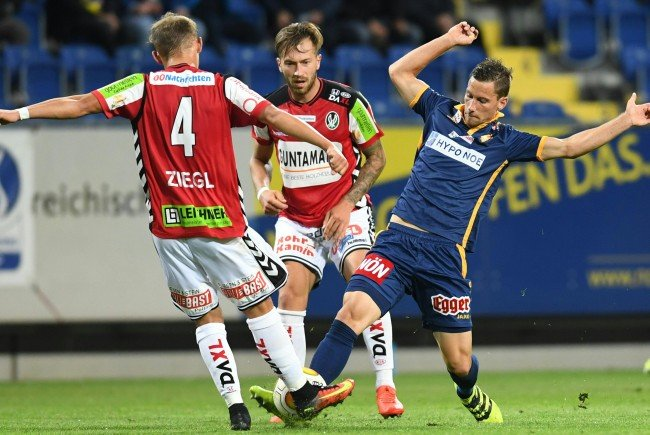 LIVE-Ticker zum Spiel SV Ried gegen SKN St. Pölten ab 16.00 Uhr.