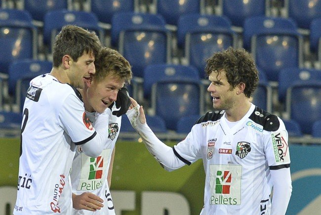 Die Wolfsberger setzten sich mit 4:0 gegen SKN St. Pölten durch.