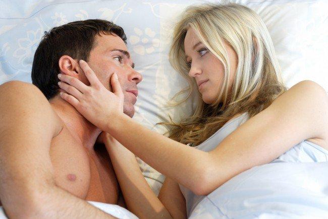 Viele Frauen stöhnen, damit der Sex schneller vorbei ist.