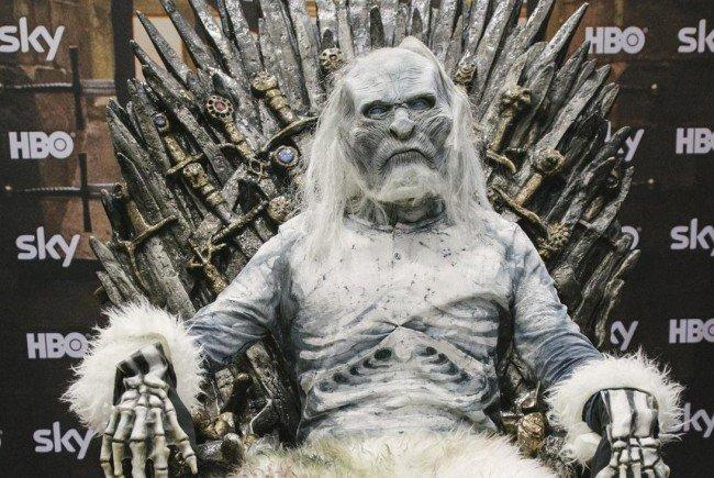 Game Of Thrones-Fans können auch heuer wieder am Eisernen Thron Platz nehmen.