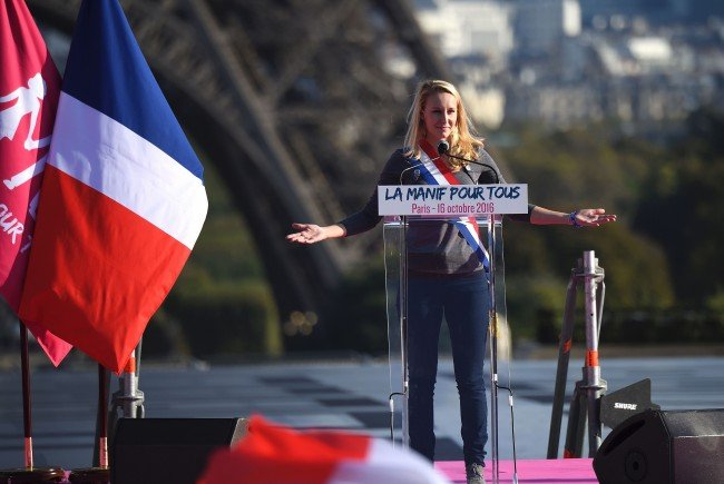 Marion Marechal-Le Pen rechnet mit einem Wahlsieg von Norbert Hofer