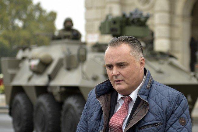 Verteidigungsminister Hans Peter Doskozil zeigt sich ablehnend gegenüber dem Vorschlag einer gemeinsamen EU-Armee