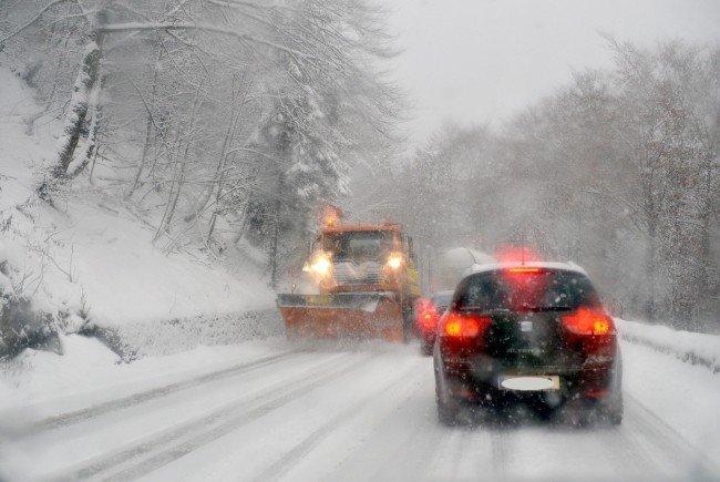 Das Winterwetter stellt Autofahrer vor Herausforderungen