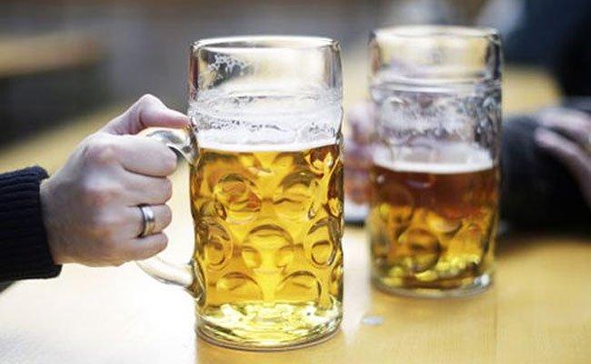 Prost! Große Bierwoche in Wien.