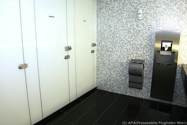 In dieser Toilette am Flughafen wurde das Baby abgelegt