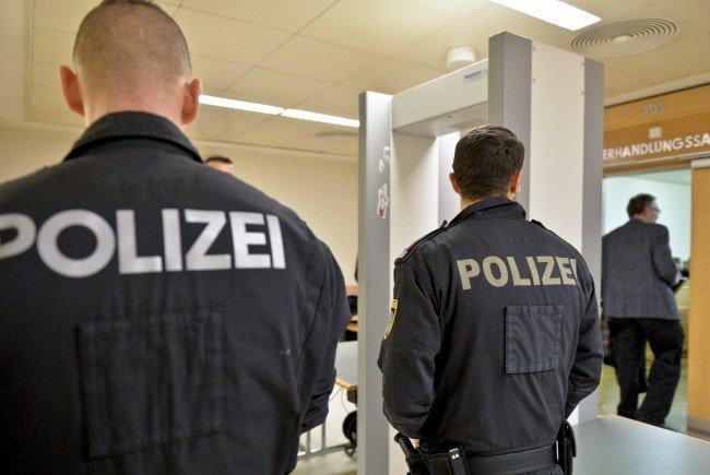 Der Hauptbelastungszeuge im Wiener Mafia-Prozess wurde im Gefängnis bedroht.
