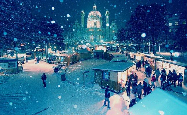 Sehr stimmungsvoll: der Art Advent am Karlsplatz