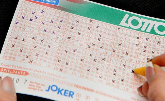 Ein ordentlicher Gewinn wartet bei der Lotto-Ziehung am Sonntag.
