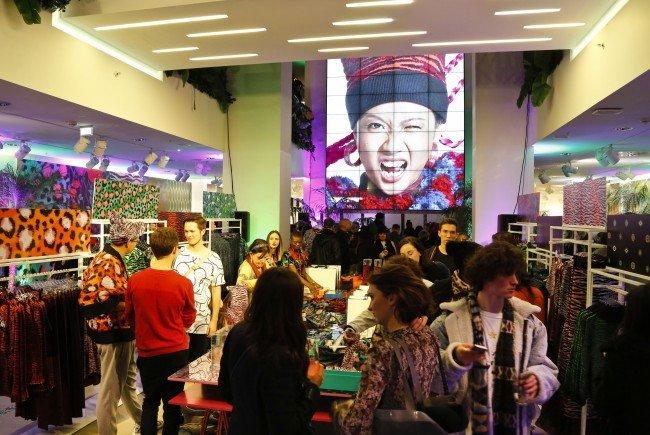 Großes Pre-Shopping Event zum Launch der KENZO x H&M Kollektion in Wien.