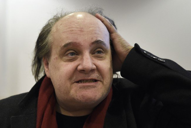 Der Schauspieler und Regisseur Paulus Manker beim Prozess