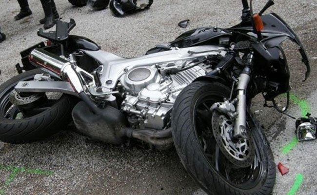 Der Motorradlenker wurde bei dem Unfall in Wien-Favoriten schwer verletzt.