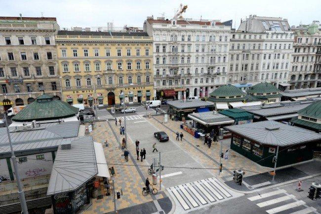 Die Attacke durch eine Unbekannte erfolgte nahe dem Naschmarkt