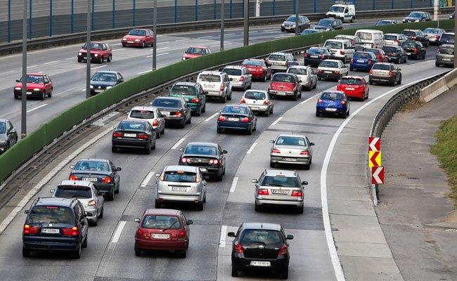 Am Montag sorgten mehrere Unfälle für Verzögerungen im Frühverkehr.