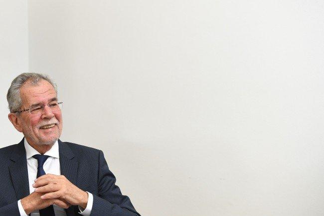 Präsidentschaftskandidat Alexander Van der Bellen - vom Image her gütig