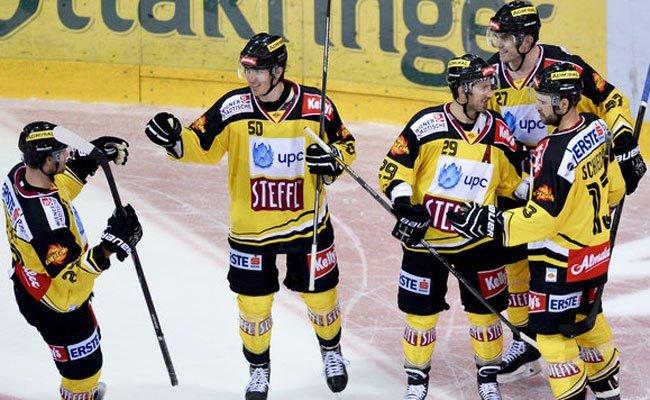 Innsbruck drehte Spiel gegen die Vienna Capitals und siegte 9:7 - doch die Wiener liegen vorne
