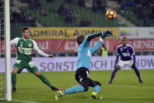 Die Wiener Austria besiegte Mattersburg mit 2:0.