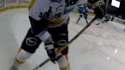 Packende Actionbilder: Mit On- Body-Kamera beim Eishockey