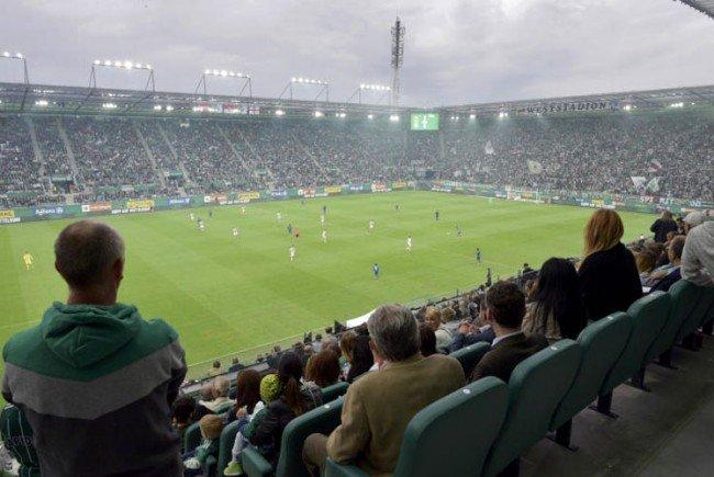 Fußball: Liga verschärfte auf Hauptversammlung Stadionbestimmungen.