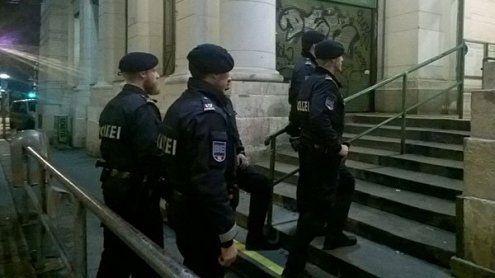 Verdeckter Ermittler im Einsatz: Mehrere Drogendealer verhaftet