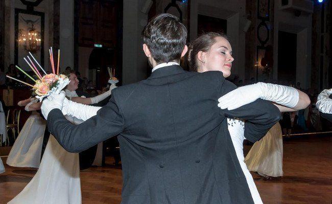 Beim Ball der Pharmacie in der Hofburg wurde das Tanzbein geschwungen.