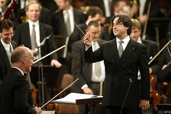 Muti dirigierte die Philharmoniker bereits rund 500 Mal.